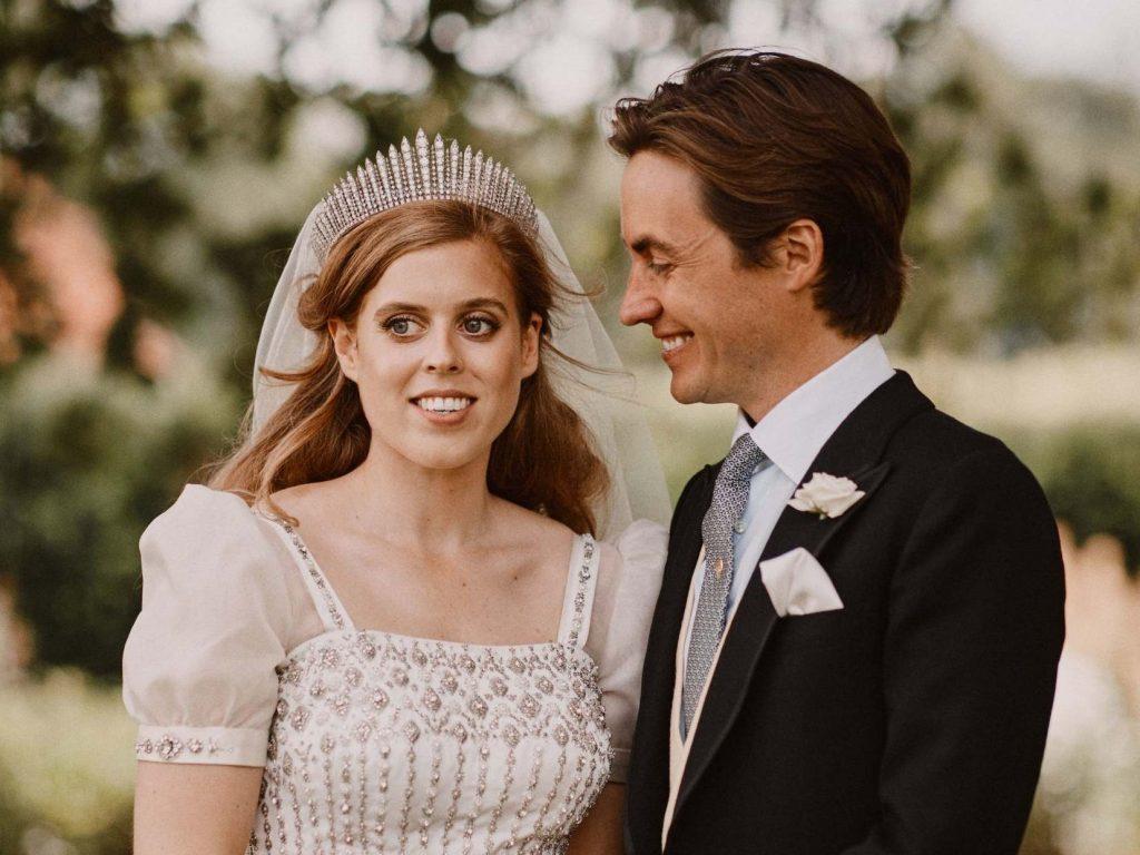 Внучка Елизаветы II тайно вышла замуж за итальянского графа
