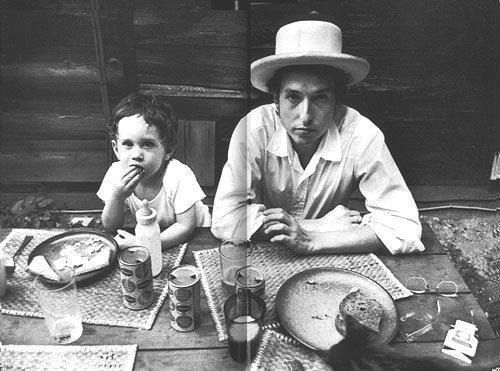 Боб Дилан с сыном