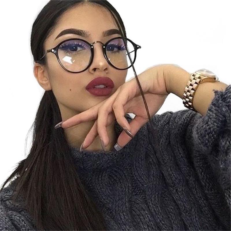 3 главных правила нанесения макияжа под очки – советы визажиста