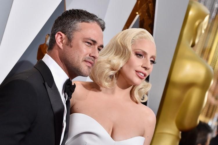 «Я всё ещё его люблю»: Леди Гага упомянула о своём бывшем женихе Тейлоре Кинни