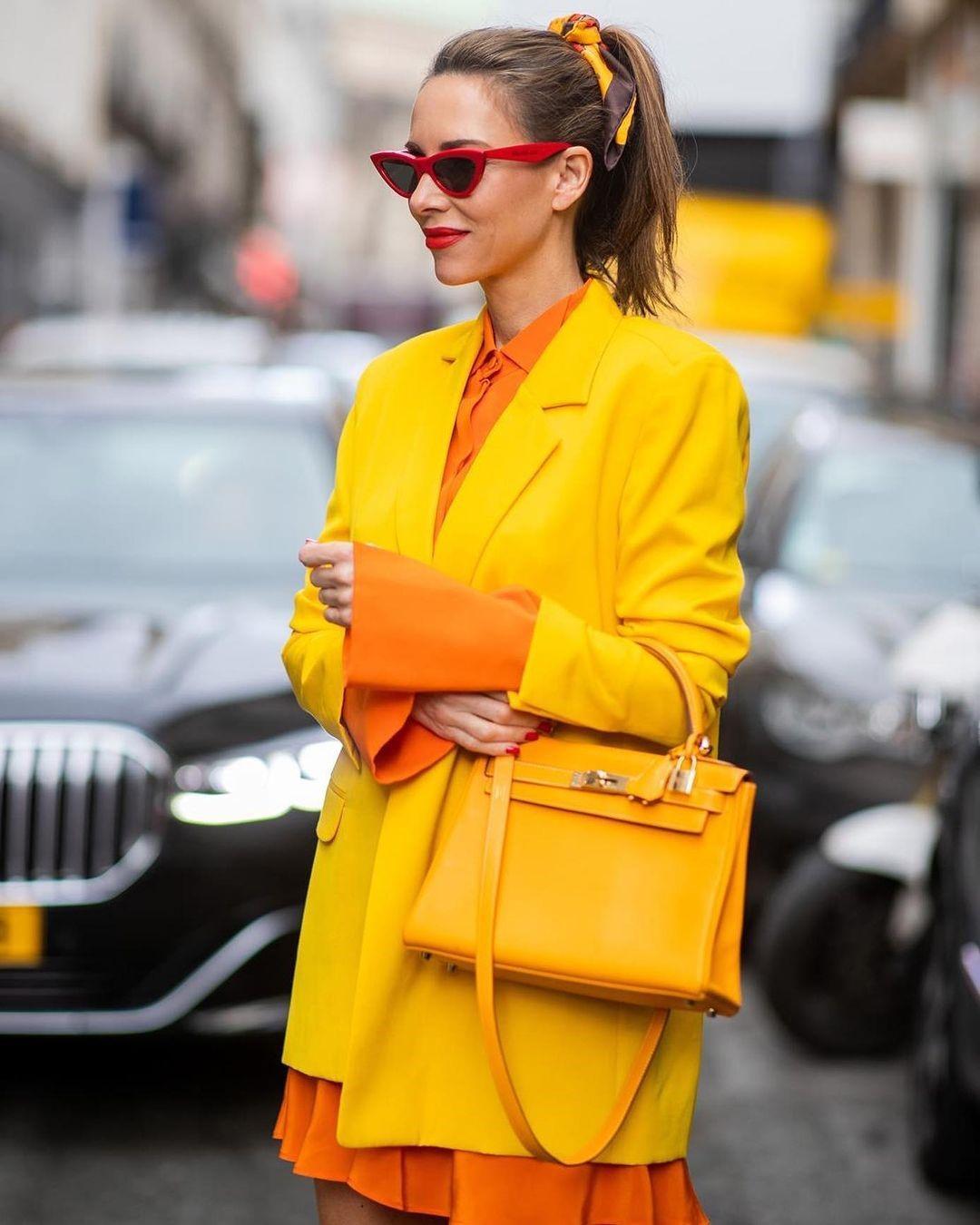 жёлтый цвет 8