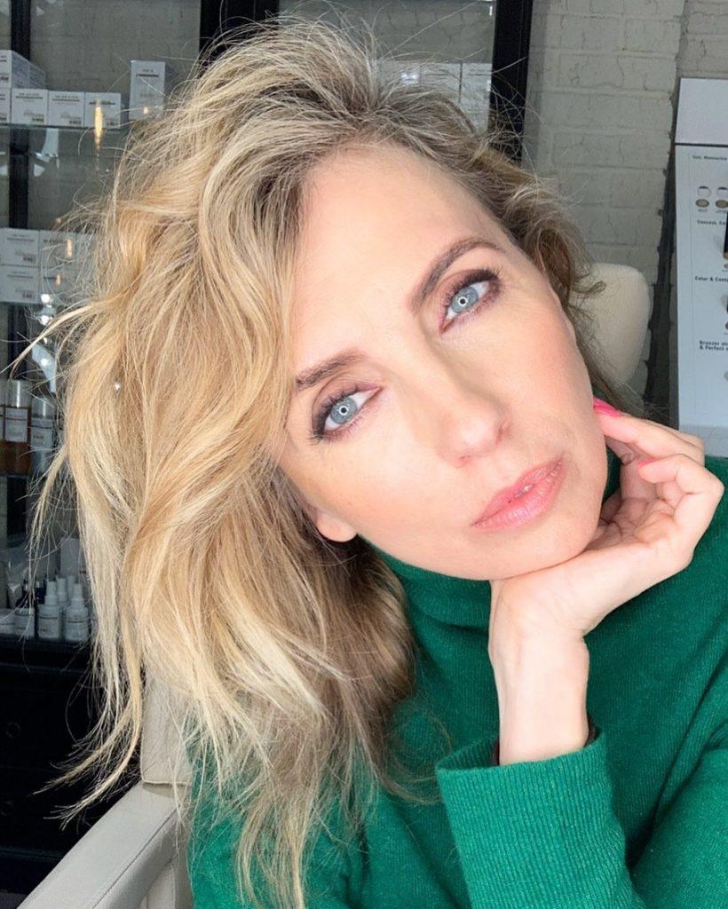 Светлана Бондарчук дала совет хэйтерам и раскрыла секреты красоты в 50+