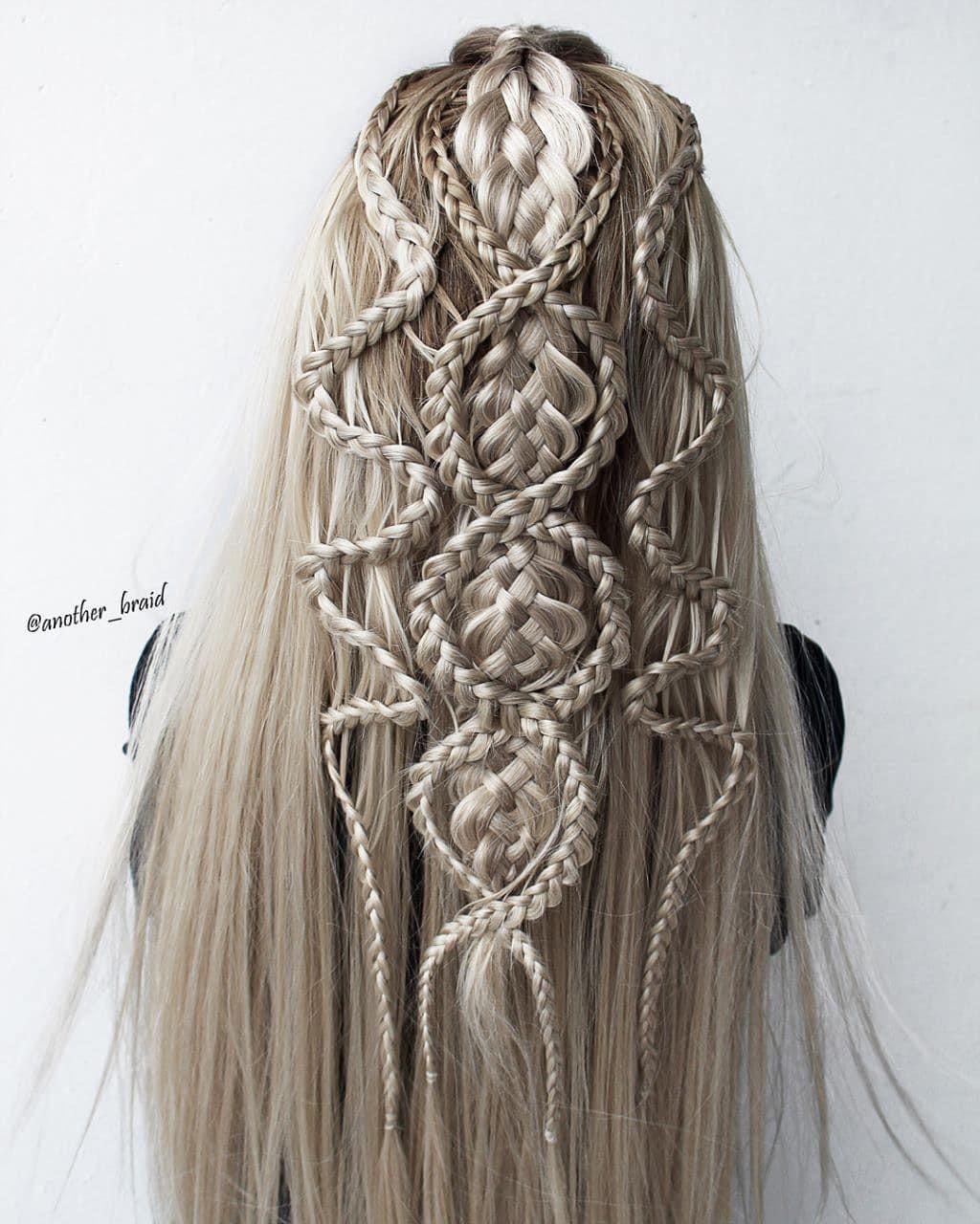 Девушка из Македонии создаёт удивительные косы, которые прославили её на весь мир