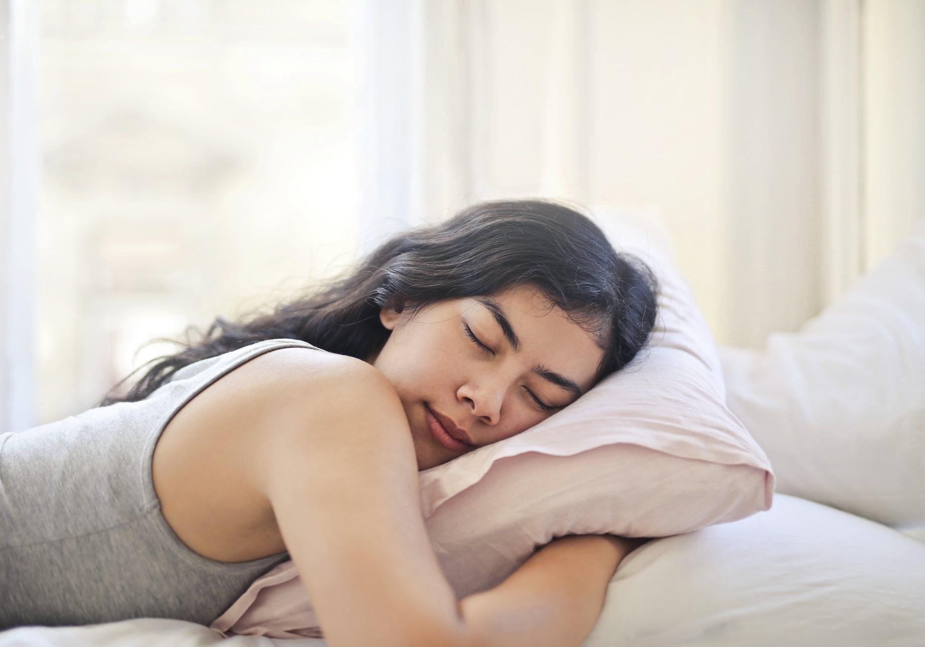 Как получить духовное послание во сне от своего ангела-хранителя? Инструкция от эксперта