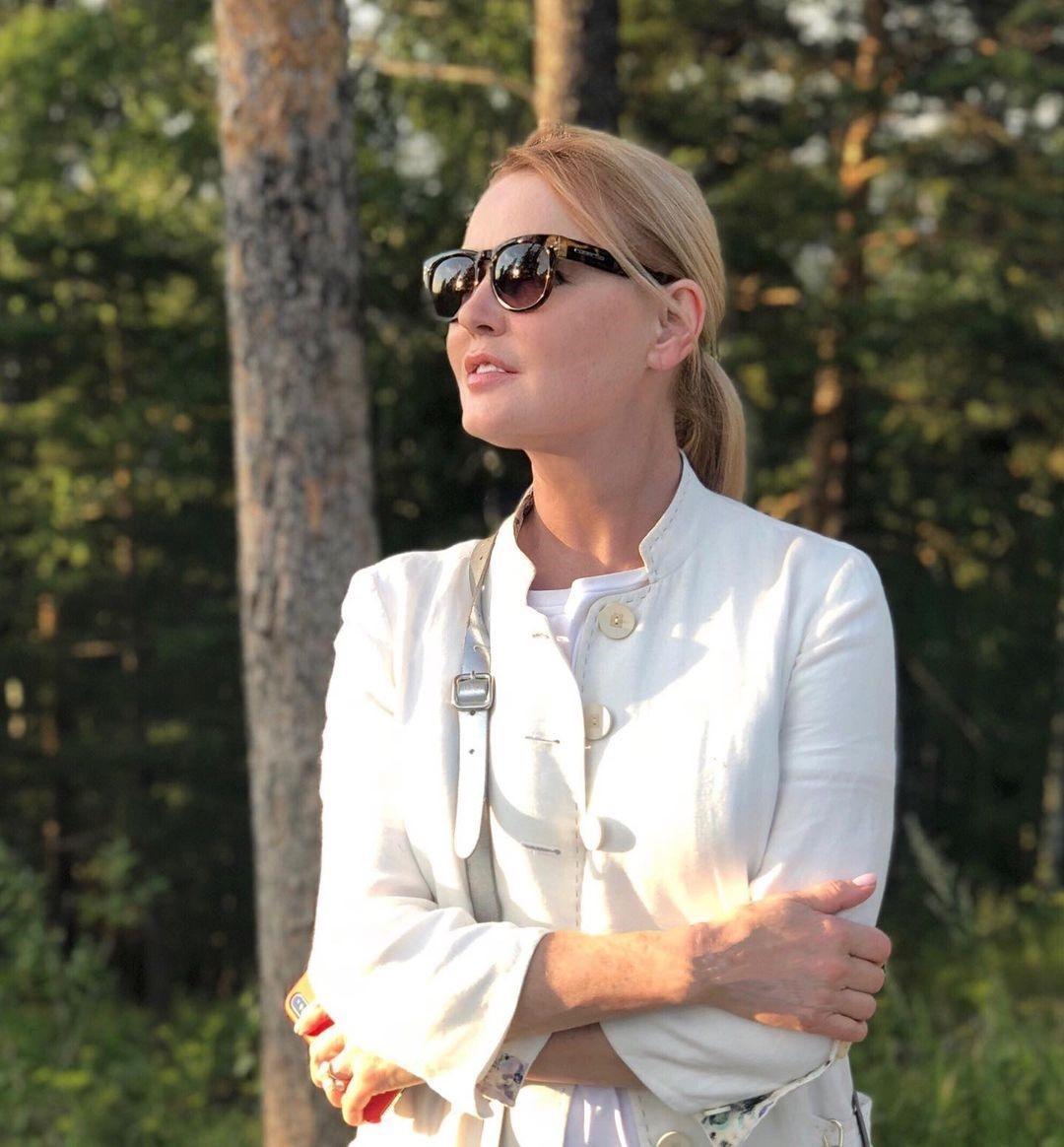 «Есть мало, медленно и красиво»: секреты молодости и красоты от телеведущей Ларисы Вербицкой