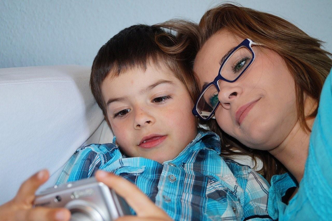 мама с сыном