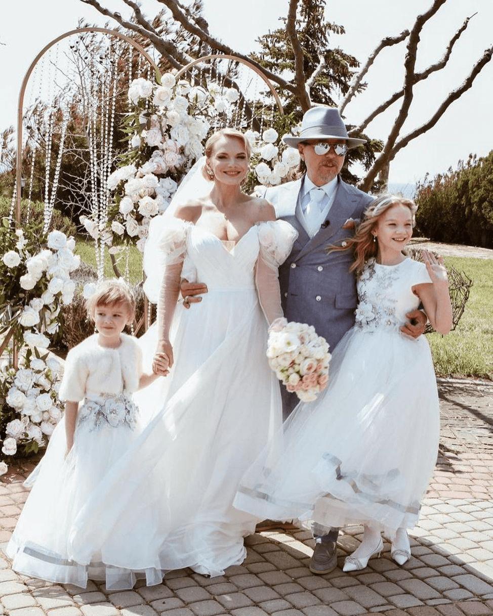 Марии Буше со своей семьёй