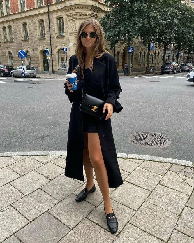 Мини-юбка + длинное пальто
