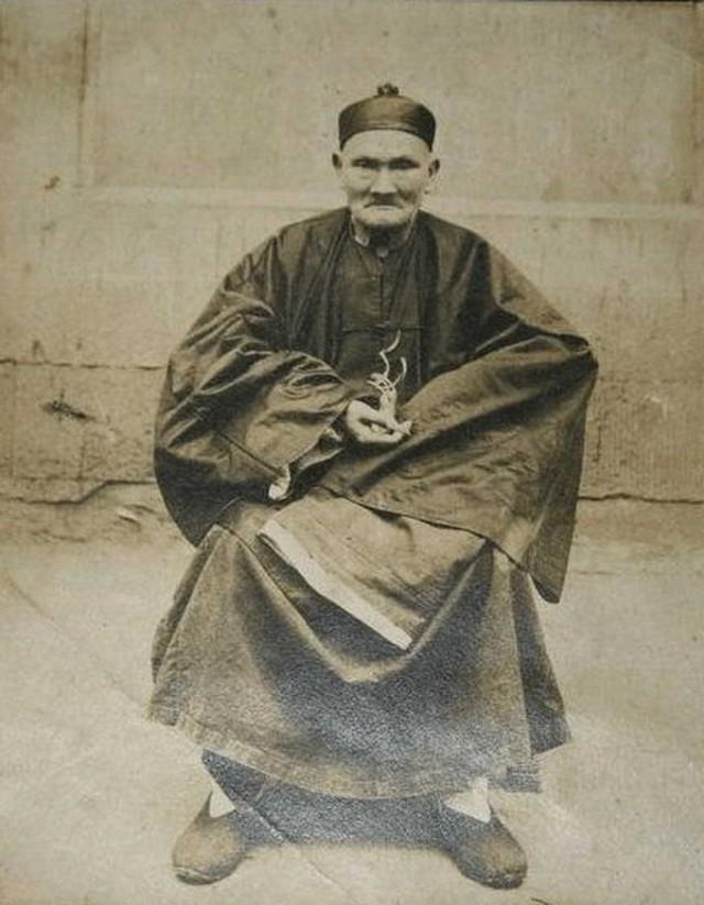 Ли Цинъюн