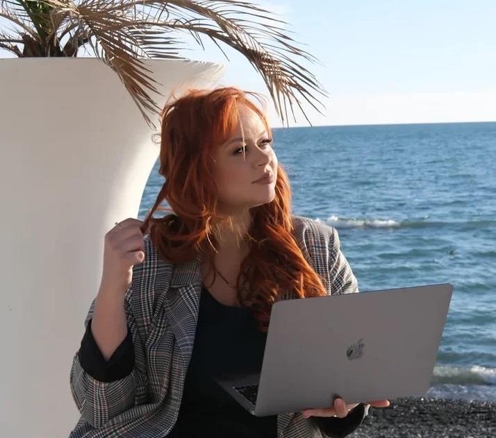 Алёна Логинова – астролог, эксперт журнала Colady