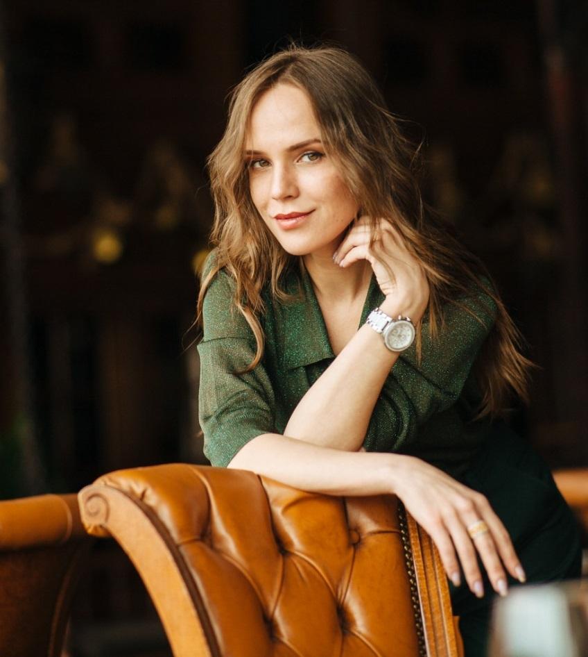 Ирина Белоусова — психотерапевт, практикующий психолог, эксперт журнала COLADY