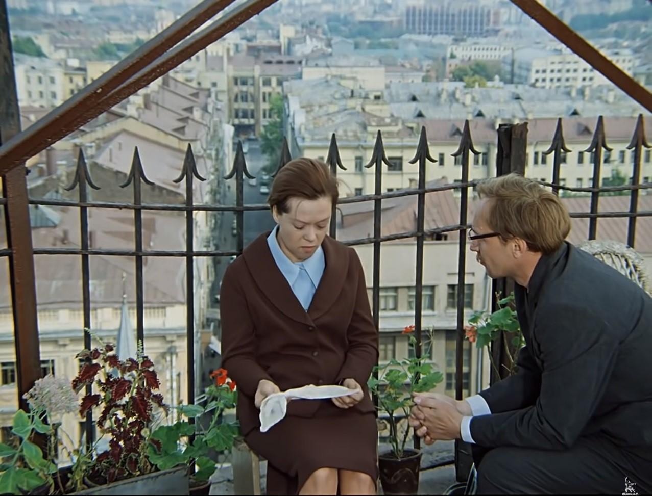Искажённые ценности: почему не стоит увлекаться советскими фильмами. Мнение психолога
