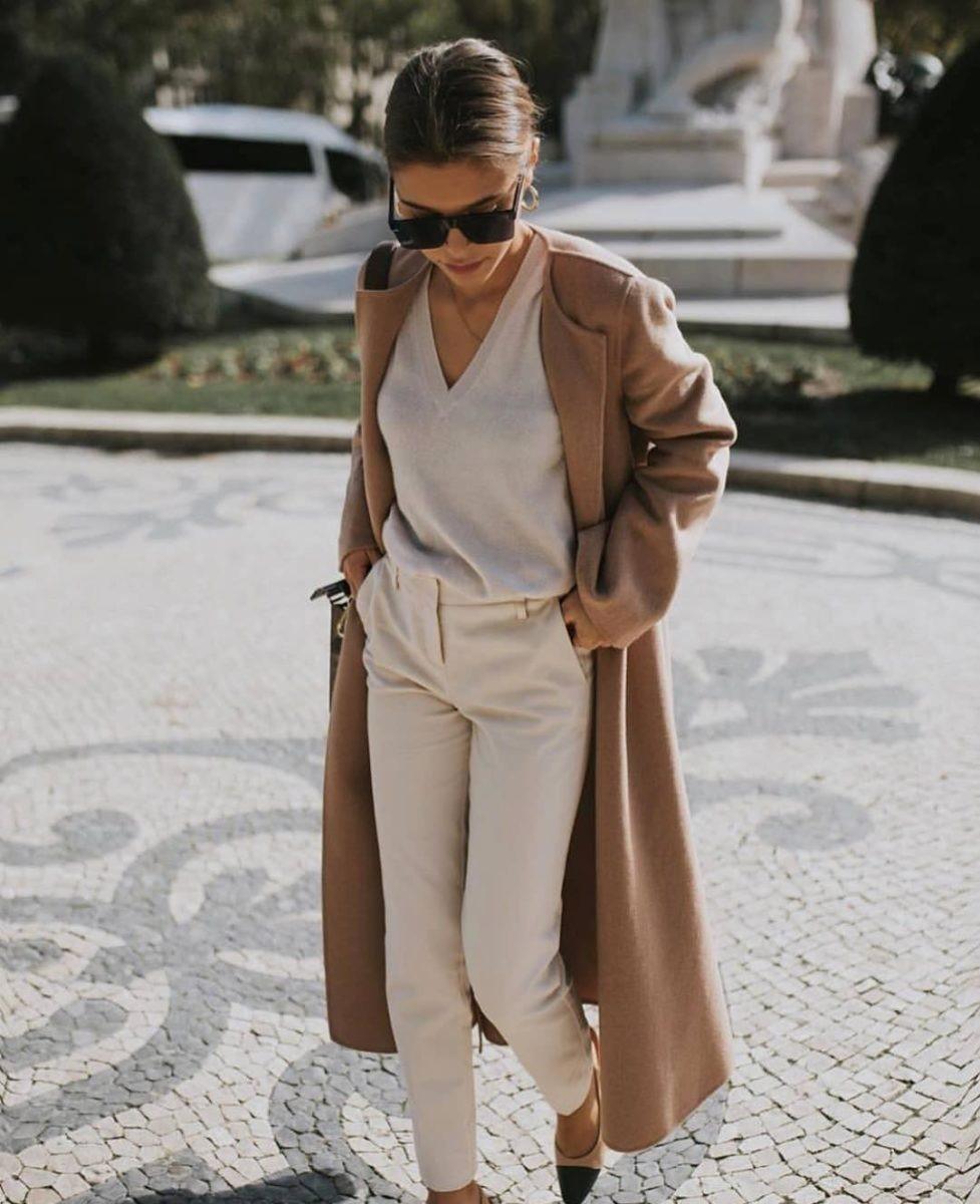 Осень — курс на женственность: 15 модных элегантных образов на осень 2021