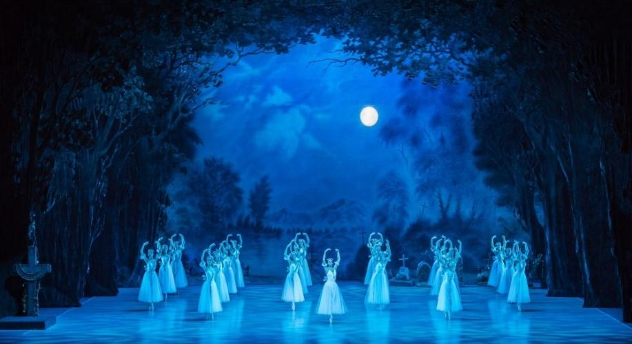 Балетная труппа из Владивостока покажет свои лучшие спектакли в Петербурге