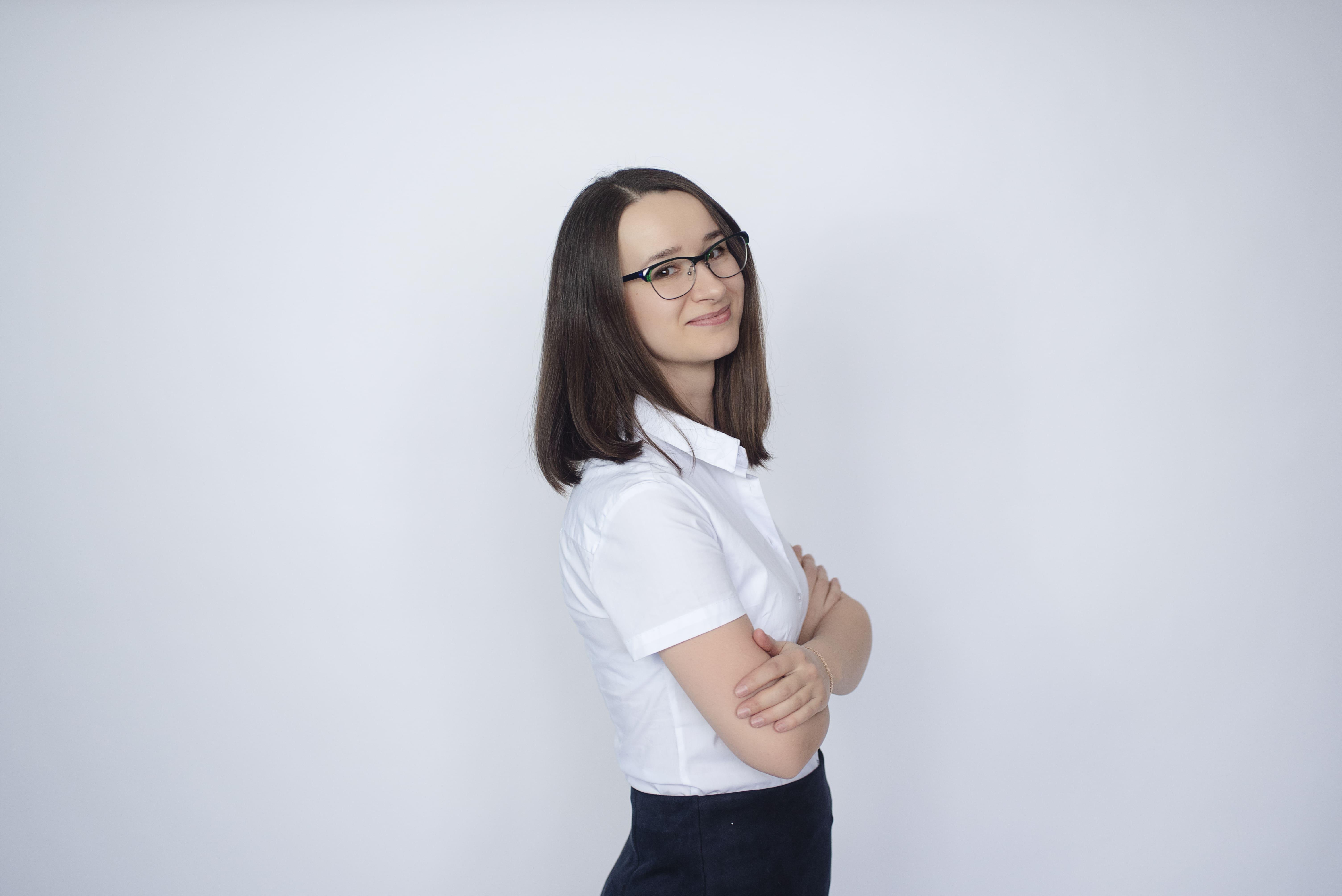 Кристина Титкова – врач дерматолог, косметолог, генетический консультант, эксперт журнала COLADY