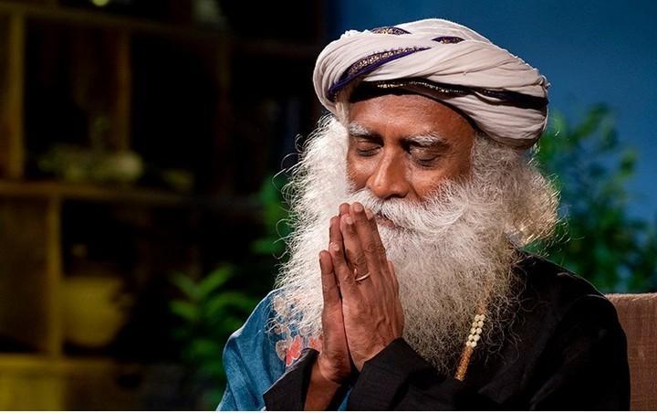 Индийский мудрец Садхгуру о том, как понять, что встретил своего человека? Существуют ли родственные души?