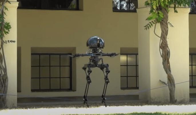 В США создали робота, который умеет ходить и летать (видео)