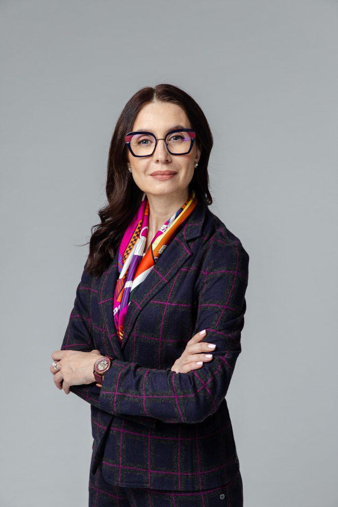 Кристина Аверина — психолог, юрист, медиатор, эксперт журнала COLADY